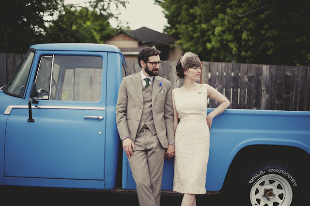 sweet and simple vintage style wedding