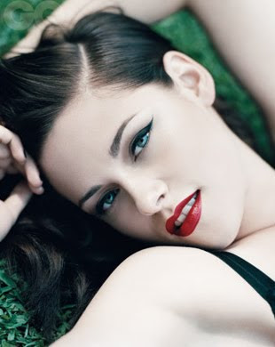 K 11 Kristen Stewart Kristen Stewart, en bikini ~ cotibluemos