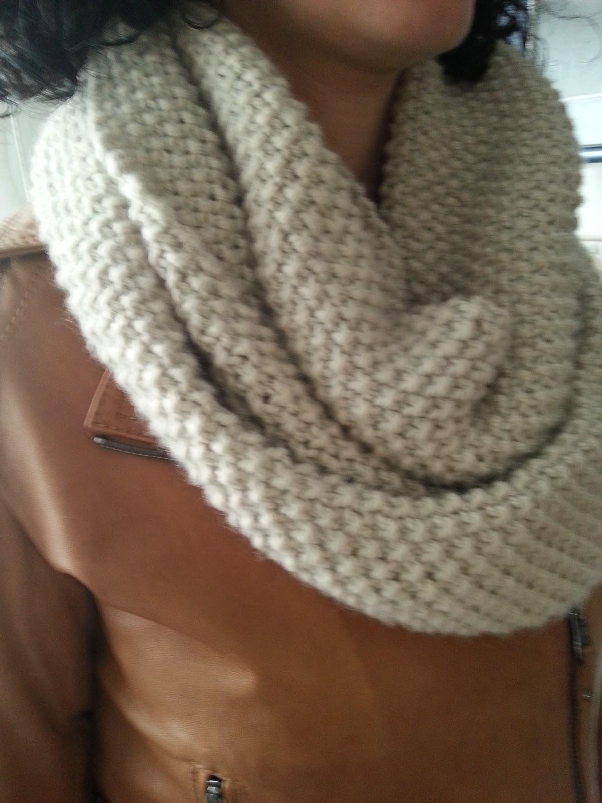 Sin sacapuntas bufanda cuello de lana - Puntos de agujas de lana ...
