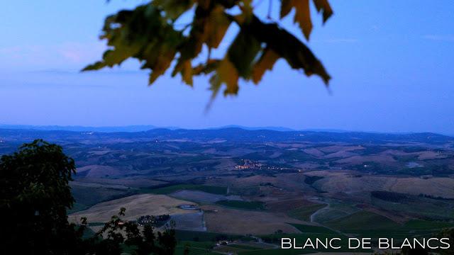 Montalcino auringonlaskun aikaan - www.blancdeblancs.fi
