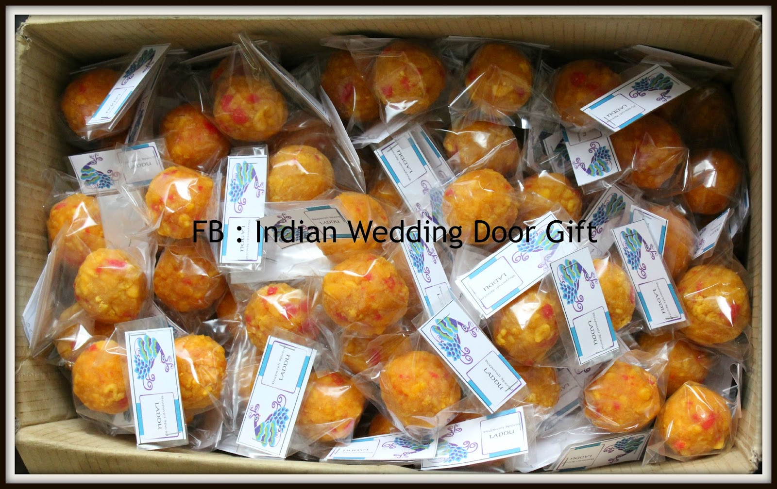 Diy Indian Wedding Door Gift : Laddu in Plain Plastic with Simple Paper Tag