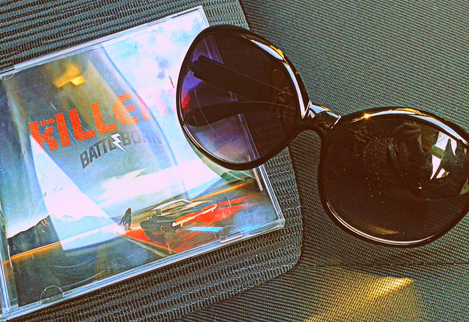 Project 365 day 84 - Sunglasses and Battleborn, The Killers  // 76sunflowers