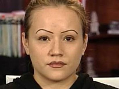 drawn eyebrows on girls