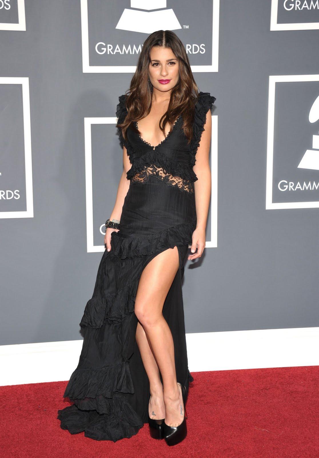 http://4.bp.blogspot.com/-TIPfPecdxiw/TjcV0Bv2ZHI/AAAAAAAAJQg/kP5rWu-twNI/s1600/Tikipeter_Lea_Michele_53rd_Annual_GRAMMY_Awards_045.jpg