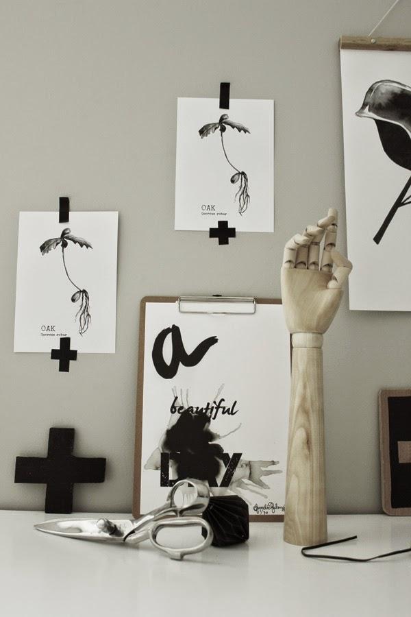 svart och vitt, svartvita tavlor, svartvit tavla, tavlor på väggen, konsttryck, konst, print, prints, artprint, posters, poster, stol, stolar, kors, styling, stilleben