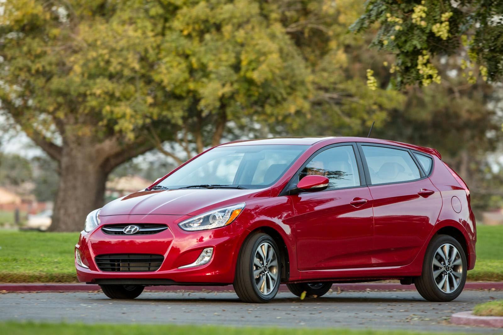 đánh giá xe chiếc xe Hyundai Accent 5 cửa 2016 oto của năm cùng các người hiểu biêt