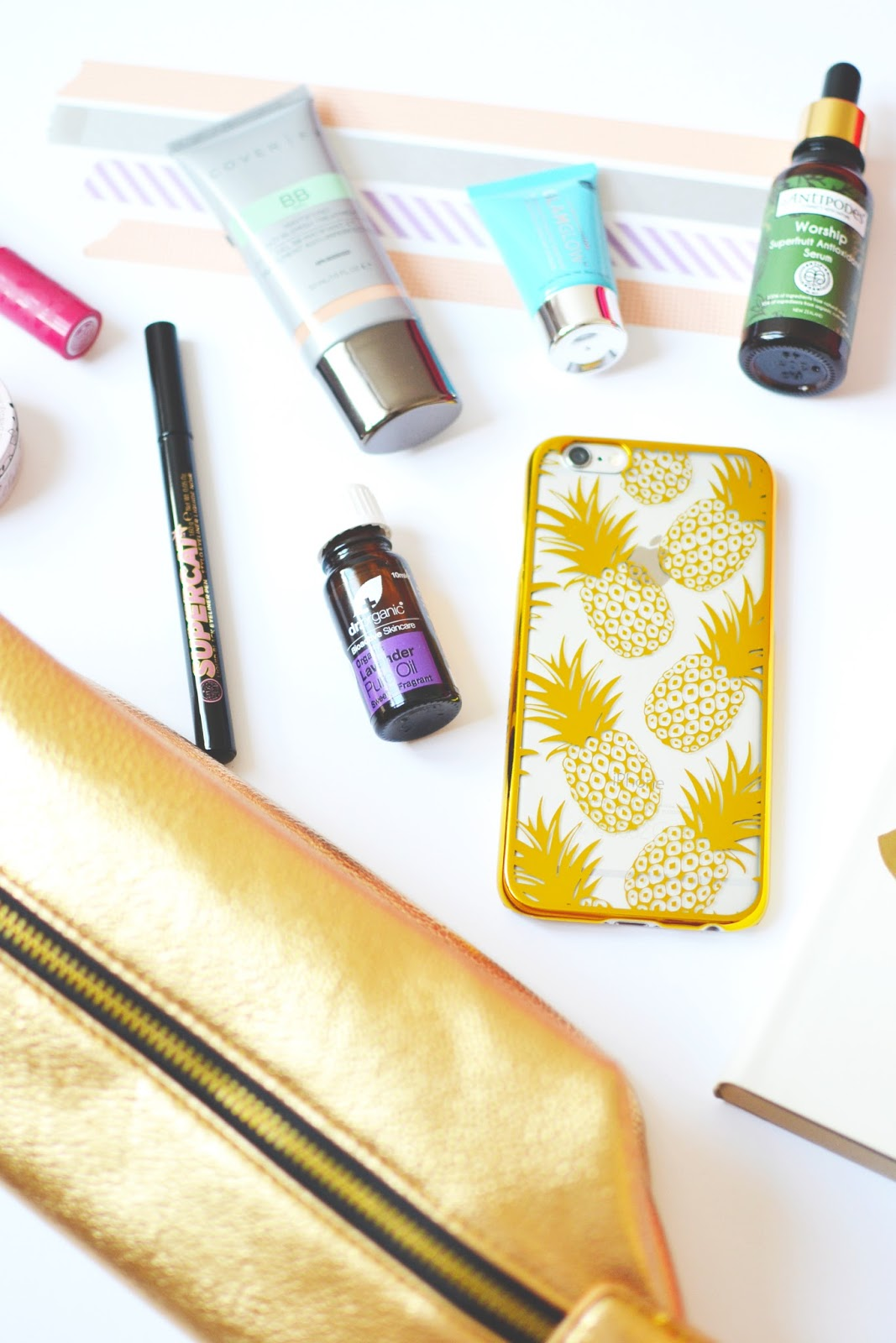 beauty blogger make up bag