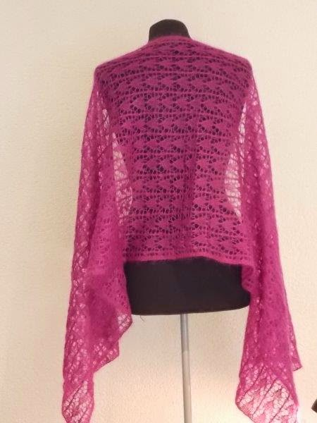 TE KOOP :FUCHSIA ROZE kidsilk shawl