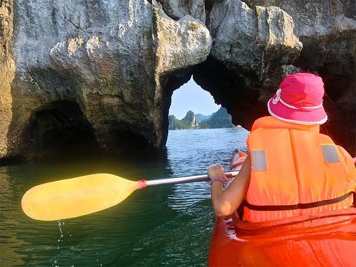 Kayaking Halong 3