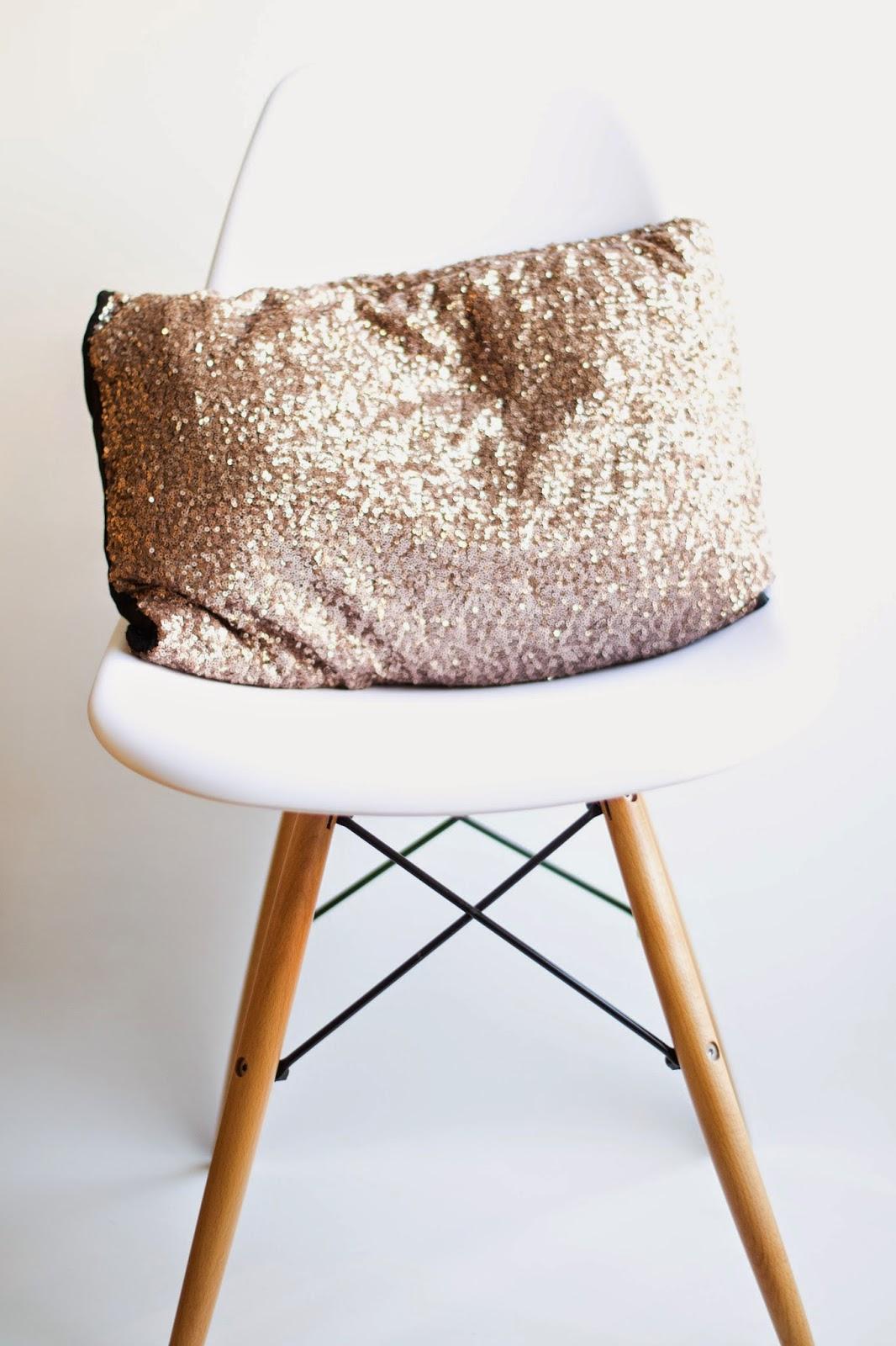 Crear un cojín con una falda