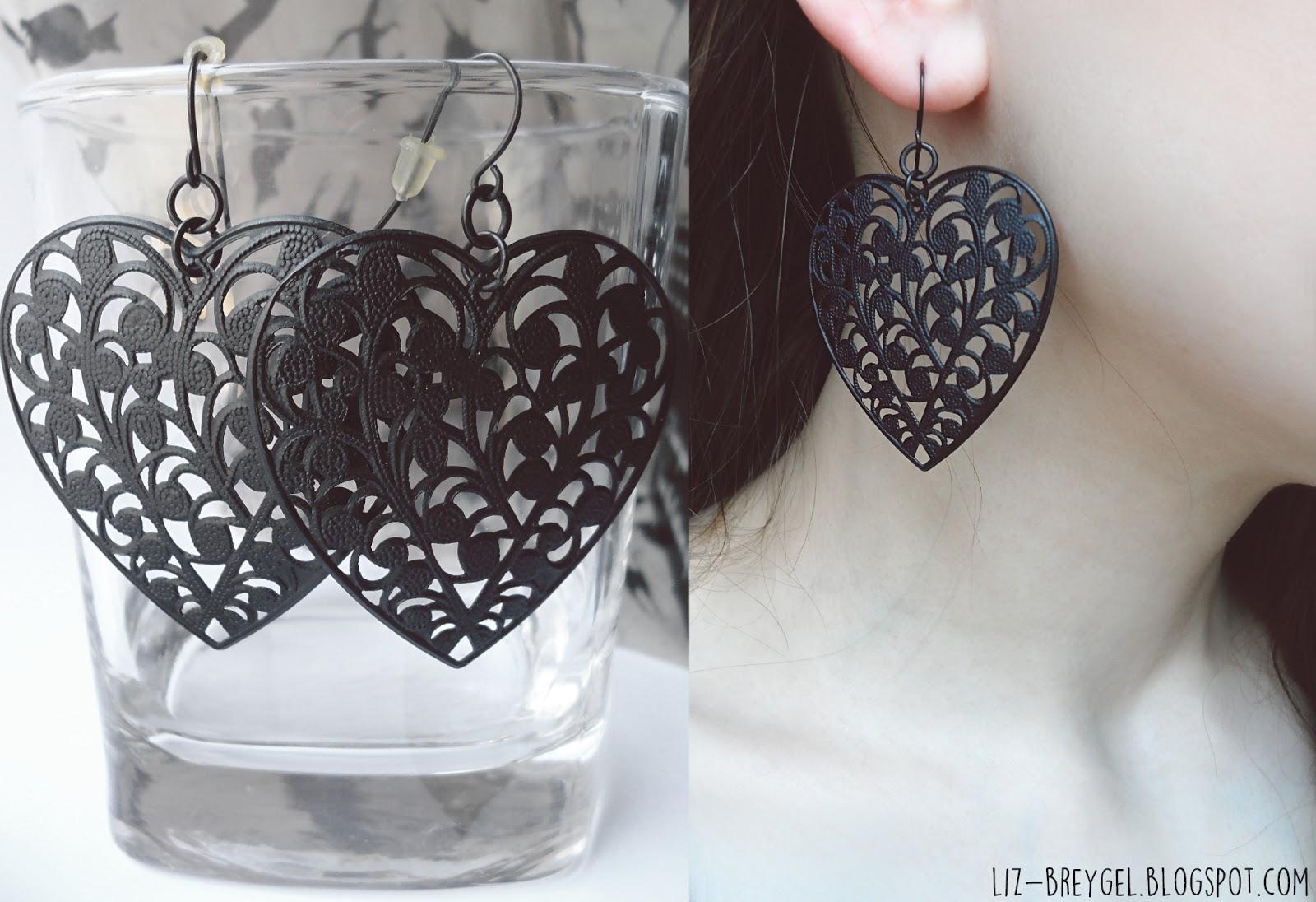 Black Filigree Heart Earrings liz breygel blogger favorites jewelry fashion haul review