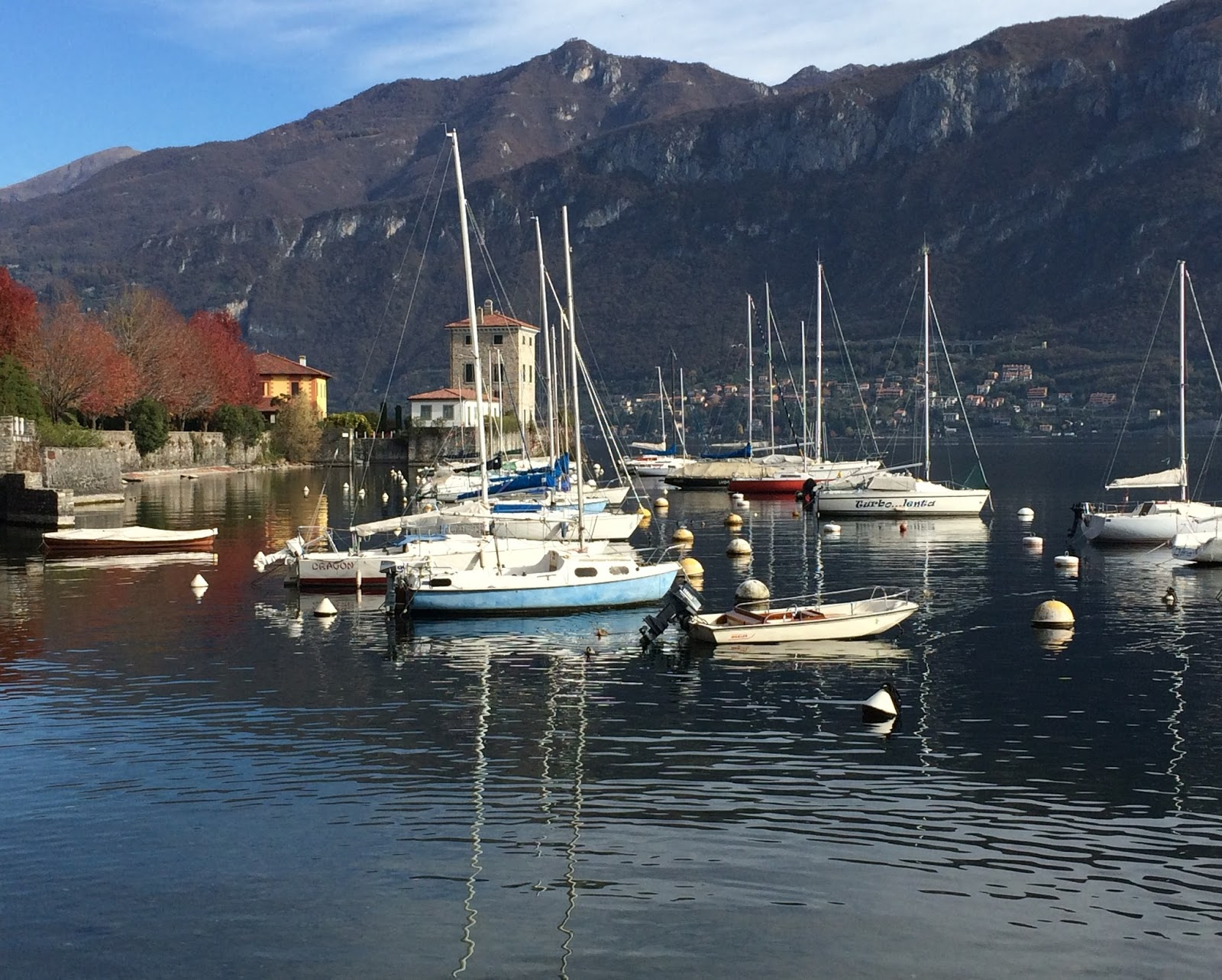how to get from milan to lake como by train
