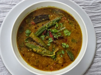 Dal with okra