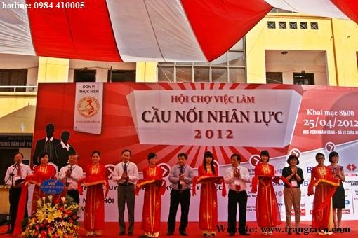 Tổ chức sự kiện Trần Gia - Tổ chức sự kiện tại học viện Ngân Hàng
