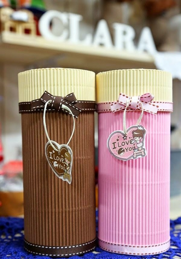 Tips para hacer manualidades con cart n corrugado for Cajas de regalo de carton