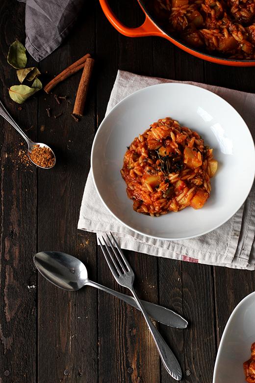 Stifado vegetarisch, vegan, griechischer Schmortopf, einfaches Rezept, Holunderweg18