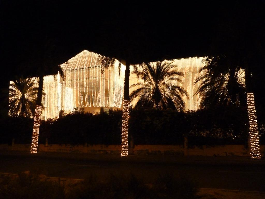 Arabian Andersons: Christmas Lights Anyone? for Wedding House Light Decoration  197uhy