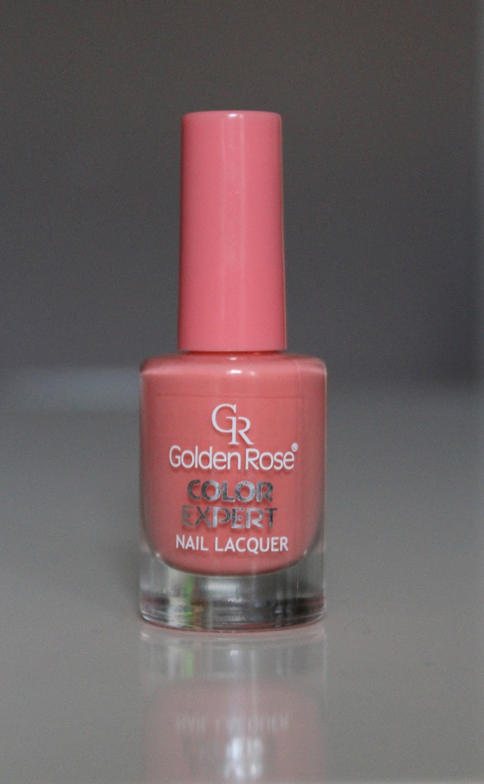 Golden Rose Color Expert lak u nijansi 22