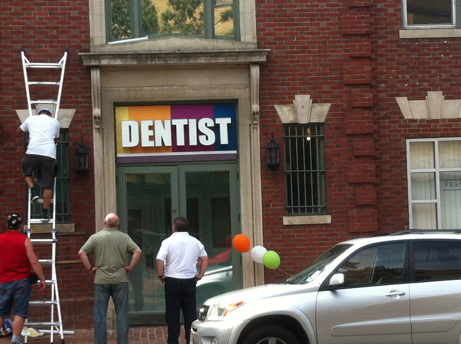 Results 1 - 30 of 2959  2959 listings of Dentists in Washington on YP.com.  2041 Martin Luther King Jr   Ave SE # M11, Washington, DC 20020 » Map (202) 889-