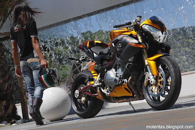 motos-mujeres-street-benelli-1130-wallpaper-café-racer