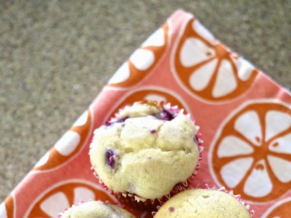 Berry Cream Cheese Muffins