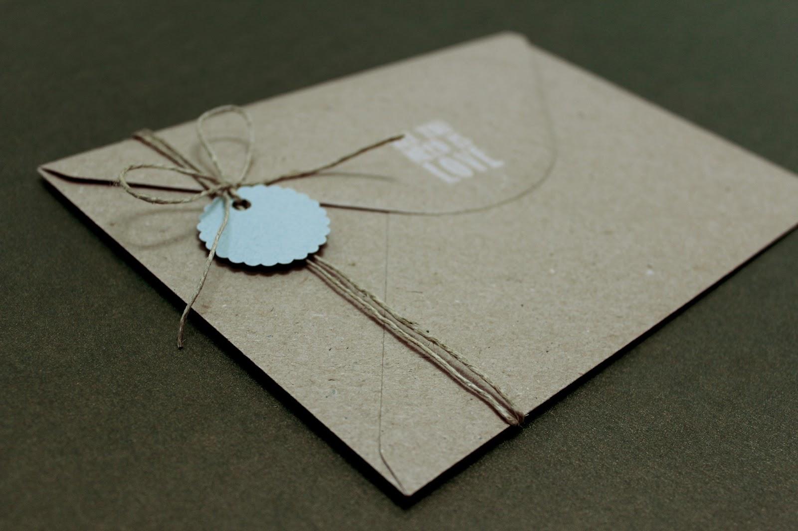Hermanas bolena invitaciones de boda originales aitor - Como decorar un sobre ...
