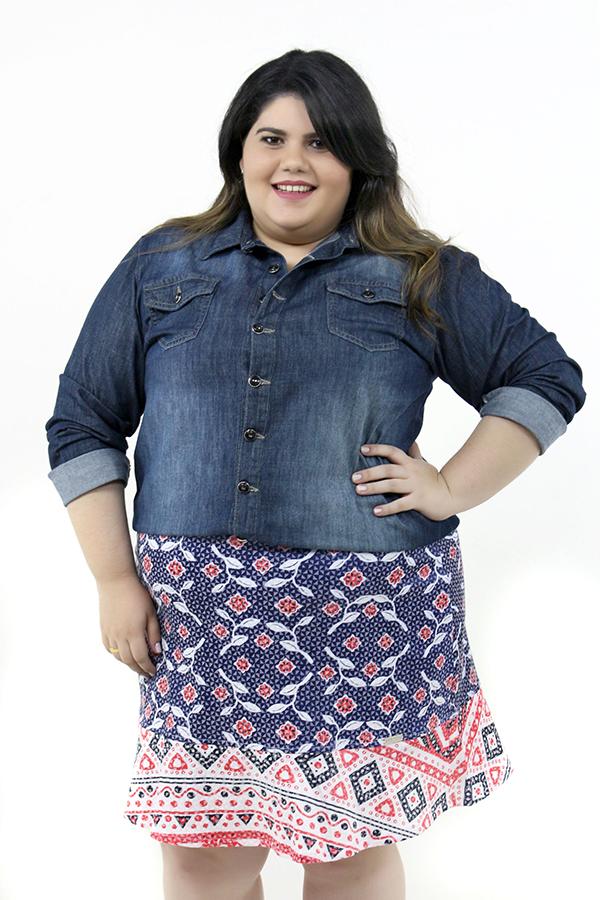Look Plus Size Camisa Jeans Moda GG Blog Estilo Fashion Gordinha Curvy ootd saia estampada