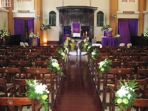 alamanda puspita: dekorasi sakramen & pemberkatan gereja