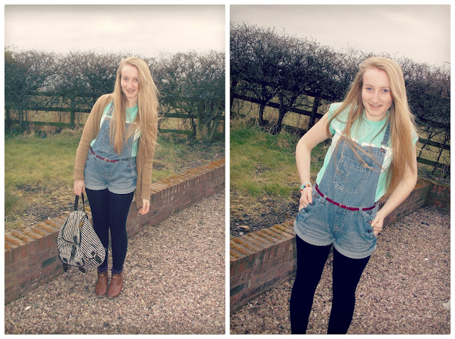 Blondies Style Fix, Dungaree's outfit of the day, blogger, slogan