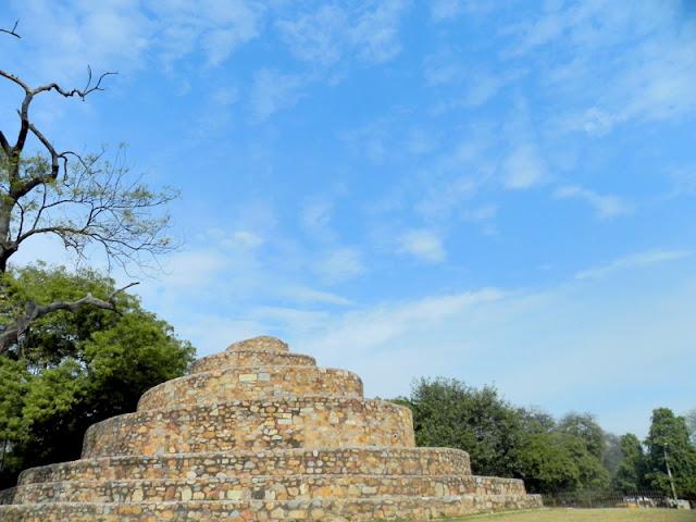 Metcalfe's Folly - The Ziggurat near Qutub Minar Parking