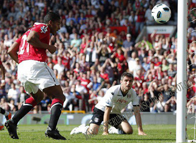 Antonio Valencia-Man Utd vs Fulhamn Barclays Premier League