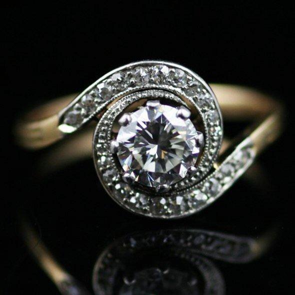 Funky diamond rings for women