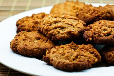 ... 15 Delicious Low-Sugar or Sugar-Free Cookies to Bake for the Holidays