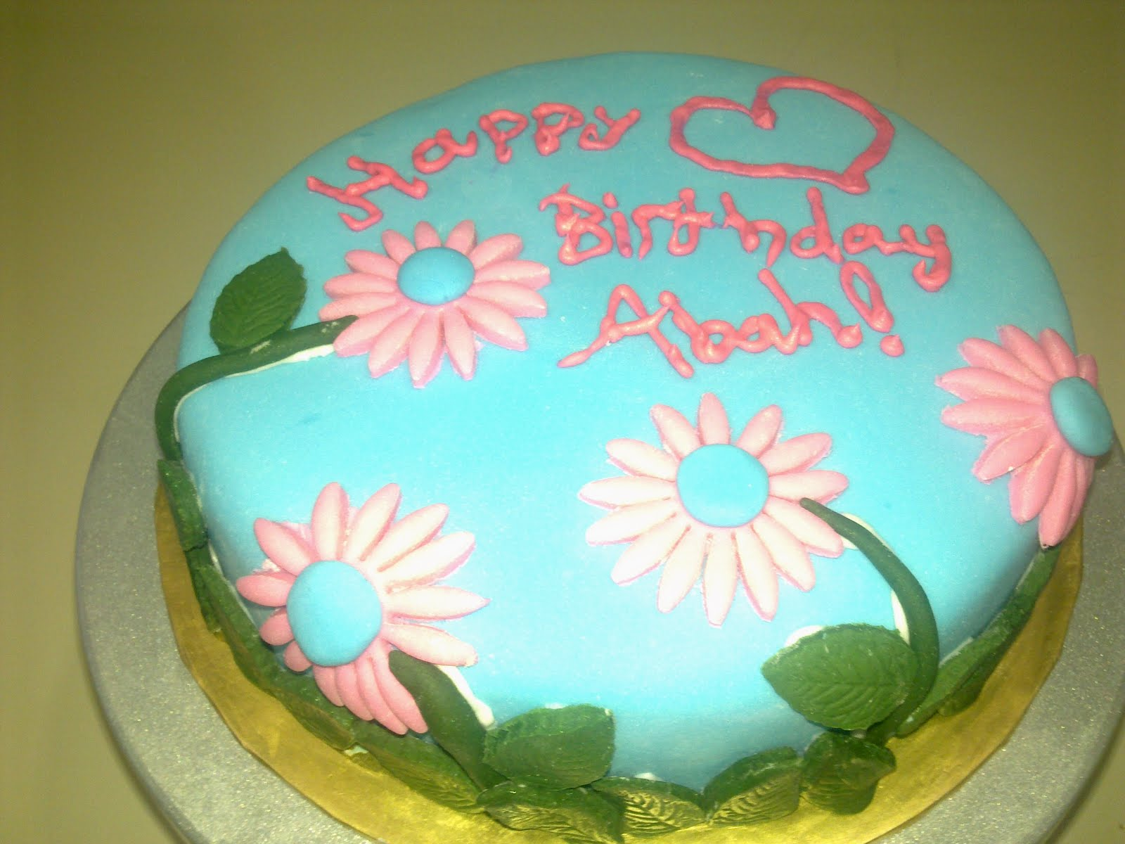 Cake Decorating Classes For 11 Year Olds : Mini Delicious: Kids Baking and Cake Decorating Class.