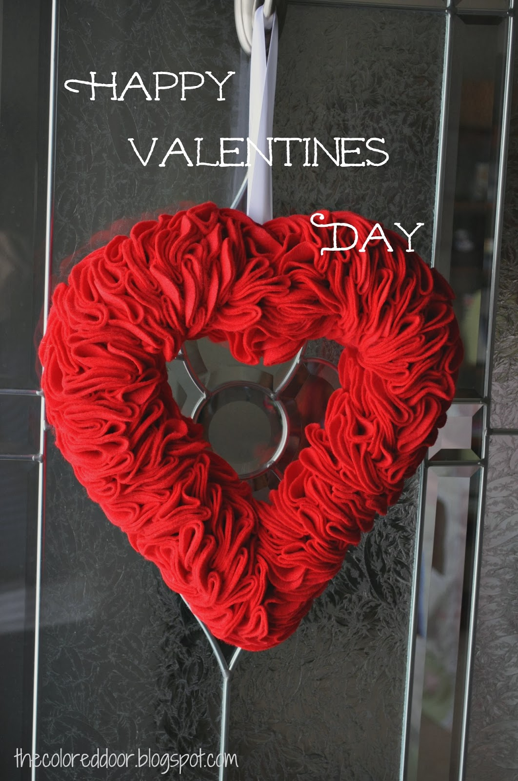 simple valentines decor - the colored door