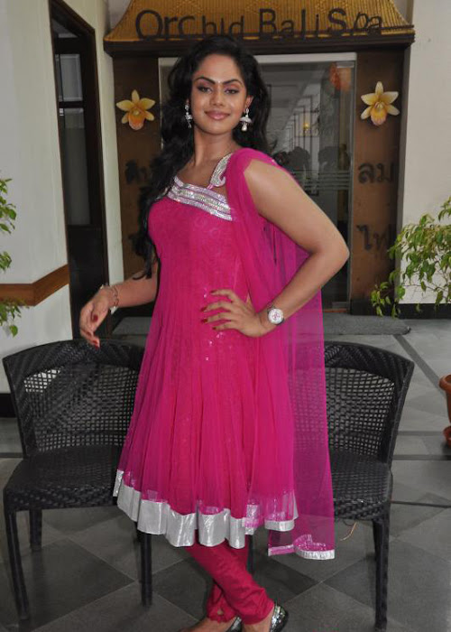 karthika nair , actress pics