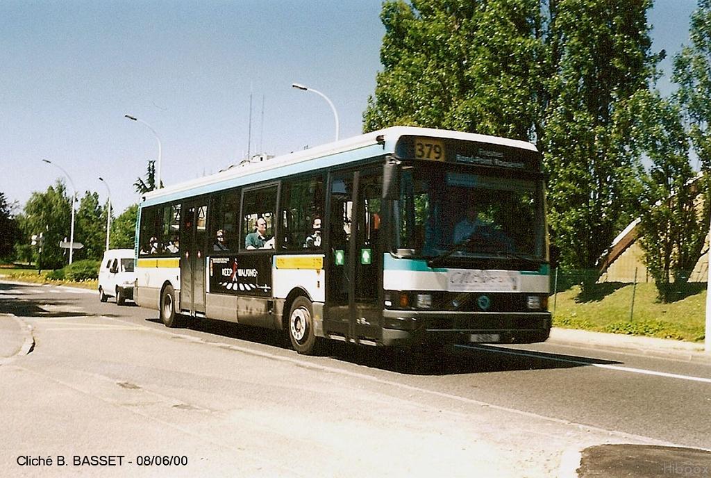 du nouveau sur les lignes de bus ratp 69 379 et un nouveau mat riel arrive au centre bus des. Black Bedroom Furniture Sets. Home Design Ideas