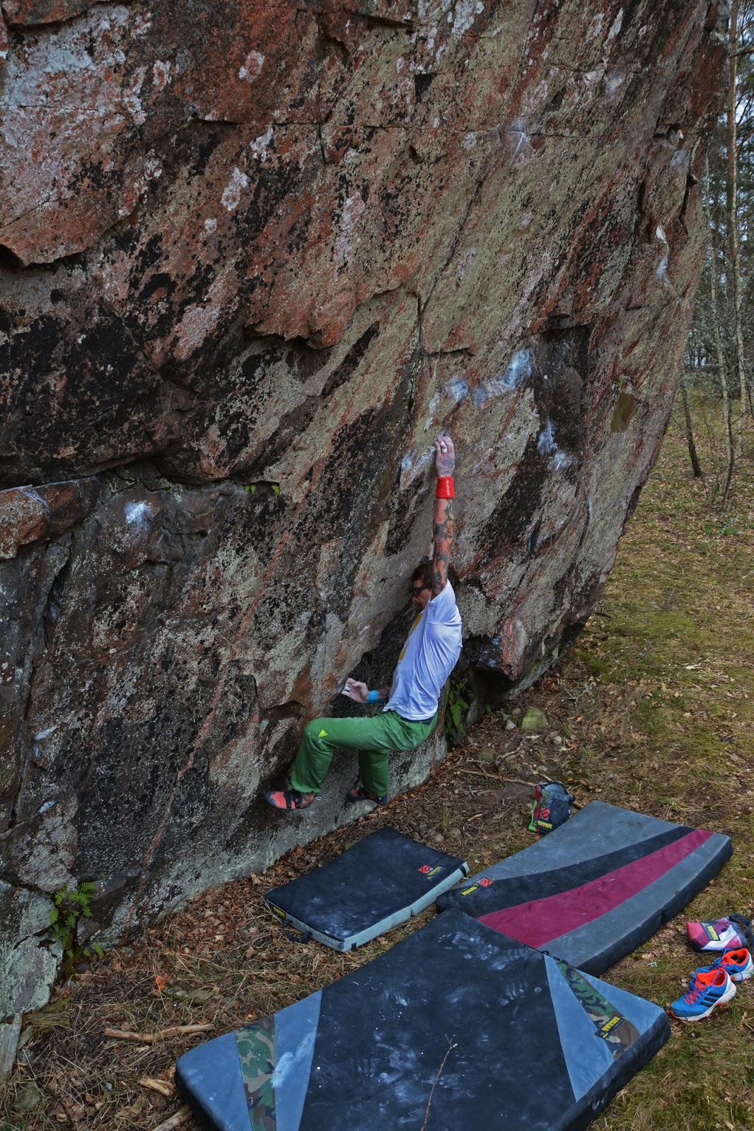 Bloc V-vik boulders i Västervik mm...