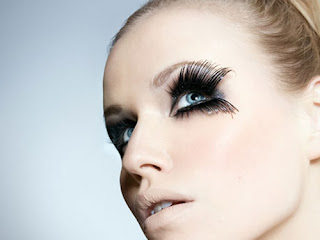 Tips on Wearing False Eyelashes