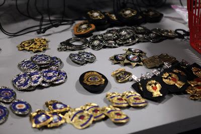 Prop Badges