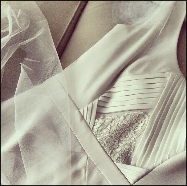 MADE-TO-MEASURE? WEDDING DRESS?