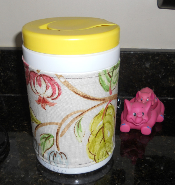 finished wipes container