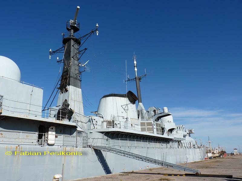 ¿Como creen que debería ser la Armada Argentina? 4