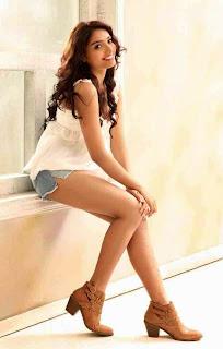 Actress Aishwarya Devan New  Picture Shoot Stills009.jpg