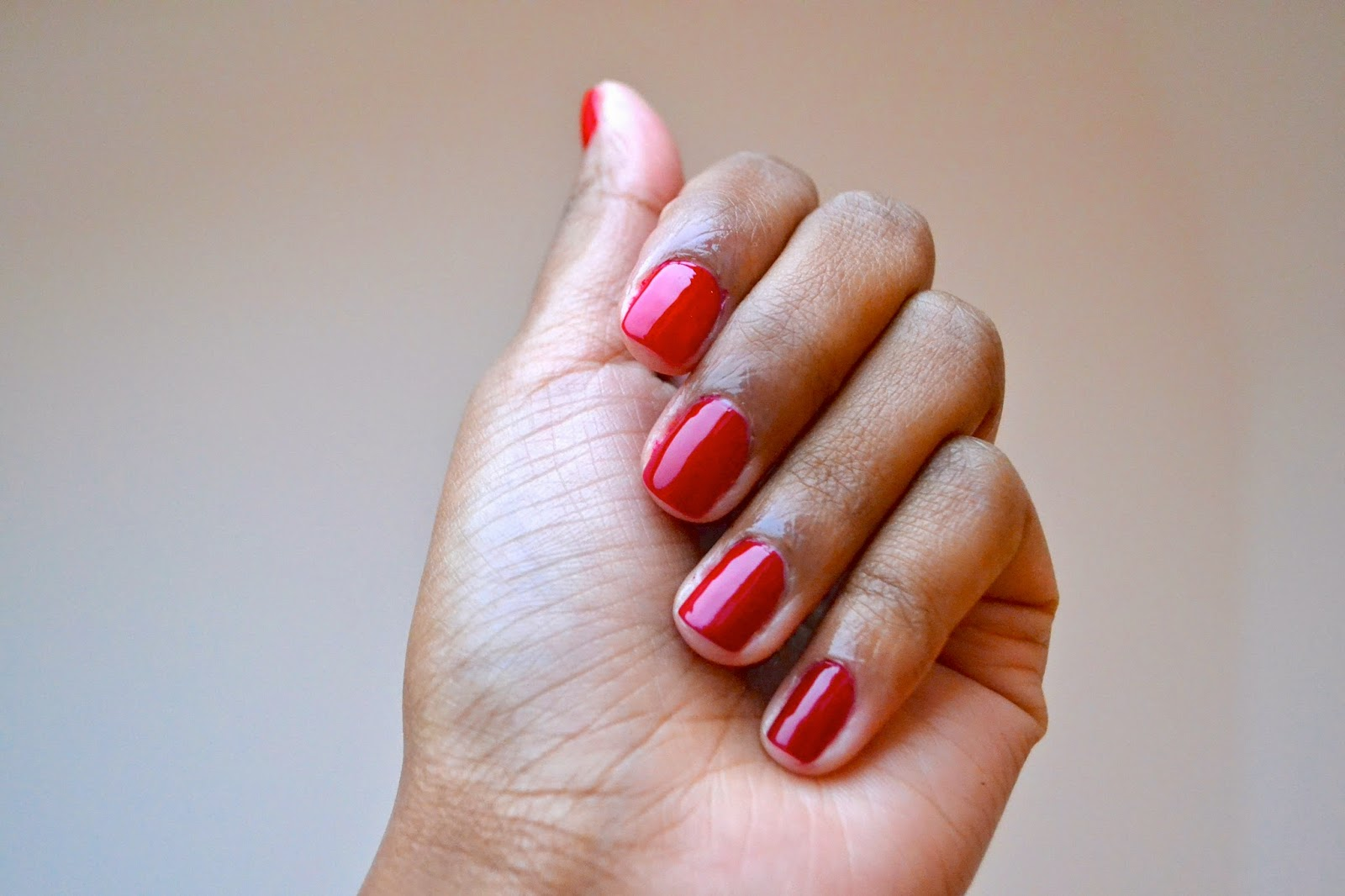Essie Classic Red\'s Review - Street & Rail