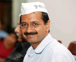 Arving Kejriwal against Sheila Dixit