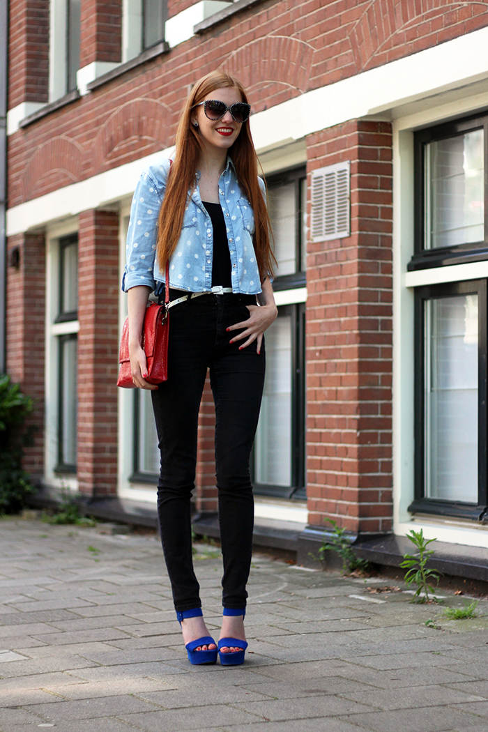 Outfit polka dots denim blouse summer fashion blogger red hair red lips high waisted jeans