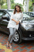 Lakshmi Manchu latest photo shoot gallery-thumbnail-4
