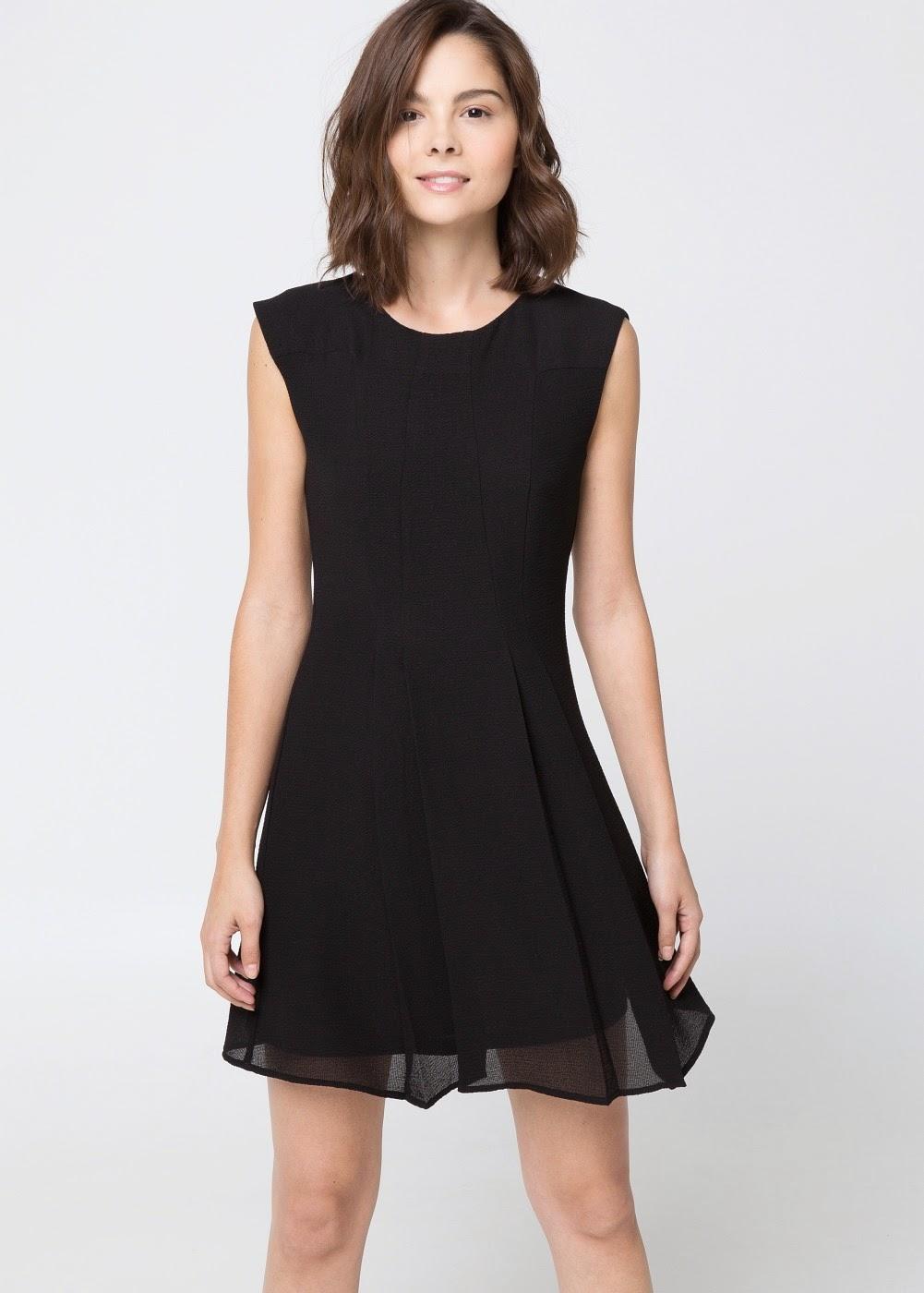 http://shop.mango.com/ES/p0/mujer/prendas/vestidos/vestido-falda-vuelo/?id=33090325_02&n=1&s=prendas.vestidosprendas&ident=0__0_1412156031441&ts=1412156031441