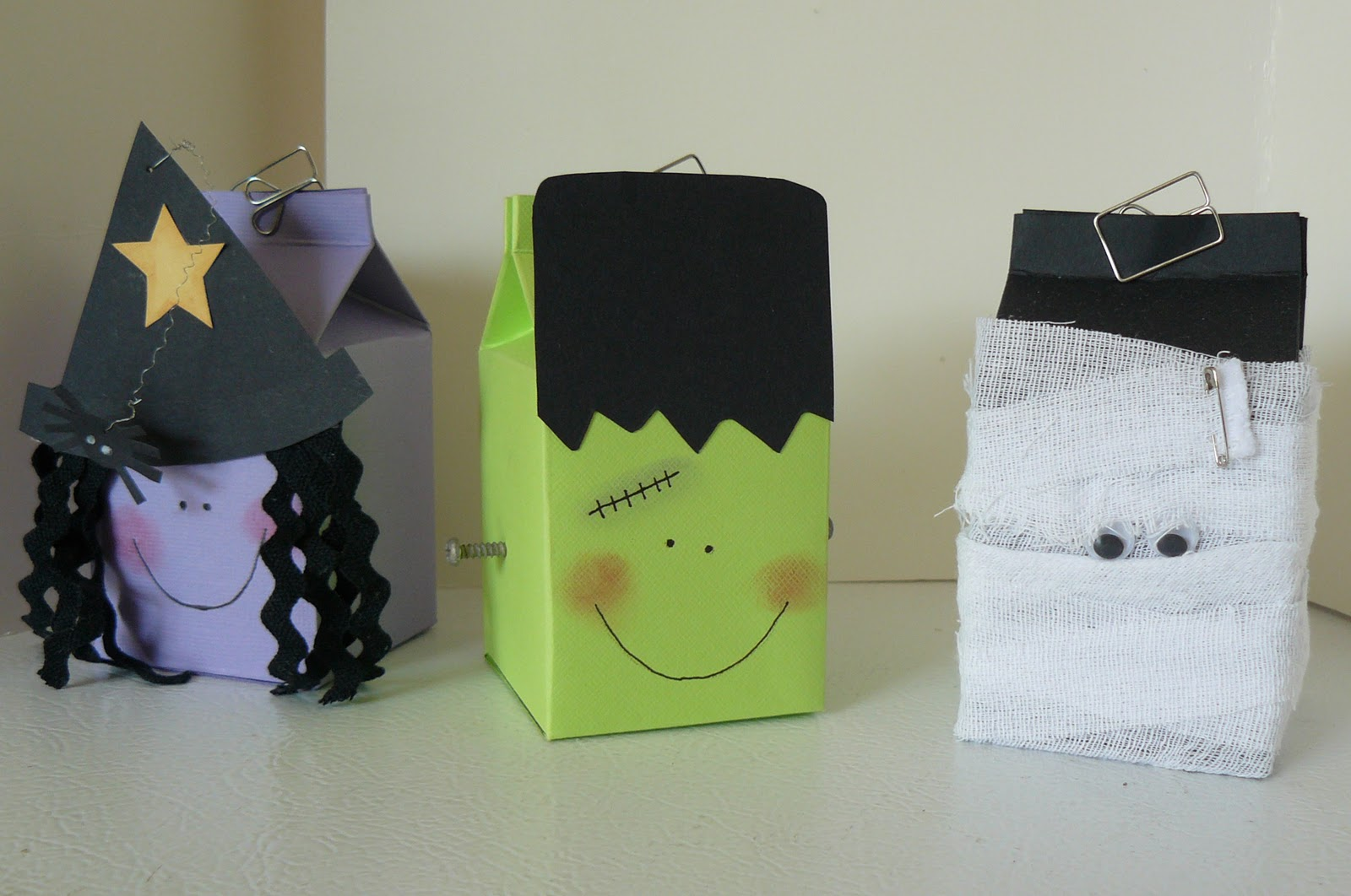 creepy mini milk cartons for halloween - Halloween Cartons